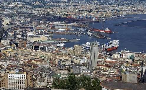 Porto Napoli - Photo credit: Foto di Enzo Abramo da Pixabay