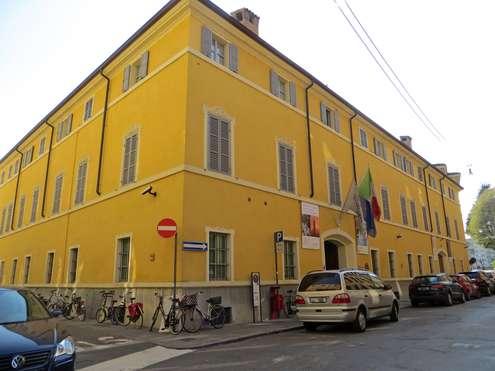 Immobili pubblici - photo credit: Parma1983