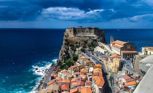 Gara Agenzia Demanio in Calabria: Photocredit: Walkerssk da Pixabay